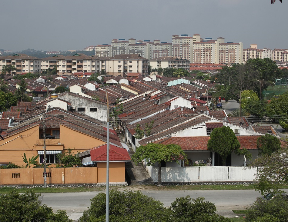 The challenge of housing a nation   +60-12 6638425