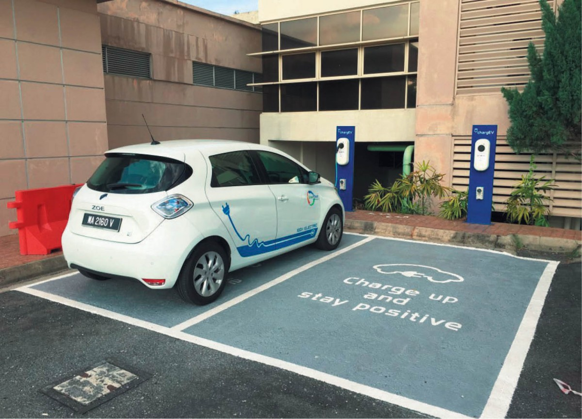 More Properties With Electric Vehicle Charging Ports Needed