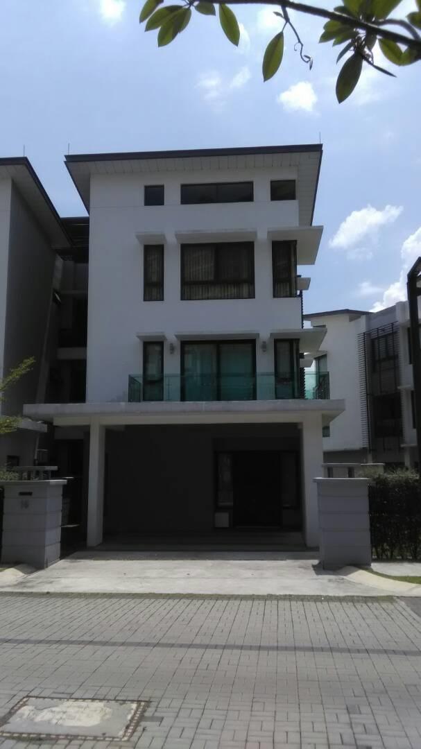 Armada Villa semi-detached house
