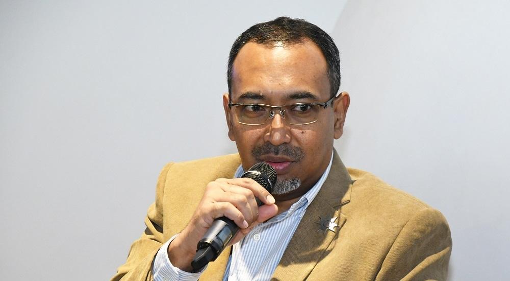 Ezumi Harzani Ismail