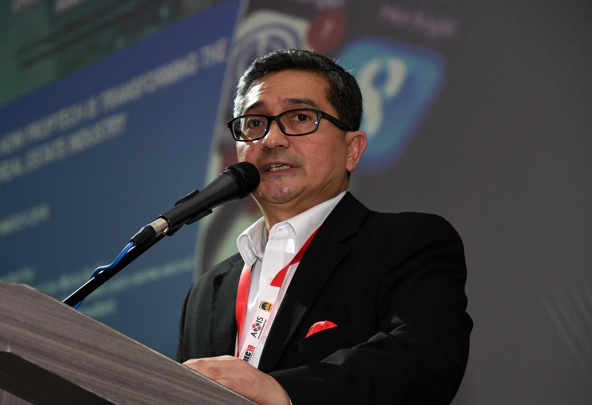 Adzman Ariffin