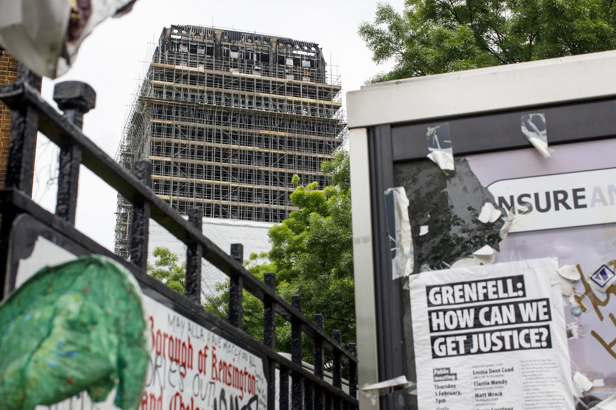 Grenfell: No ban on flammable cladding