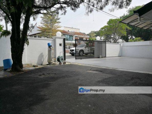 Corner Double Storey Semi Detached House, 4260sft , Selangor, Kelana Jaya