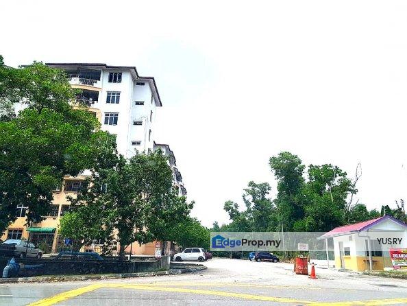 Apartment Cempaka Court Nilai , Negeri Sembilan, Nilai