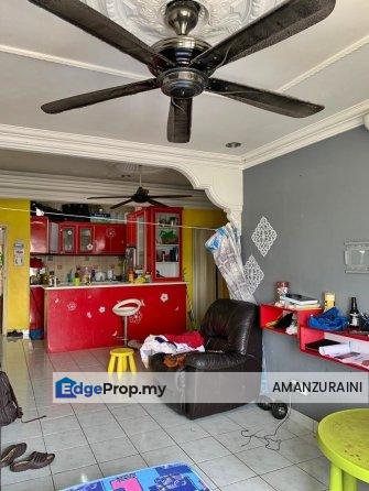 APARTMENT MUTIARA SUBANG, Subang Bestari U5, Selangor, Subang