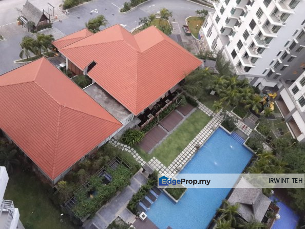 Atmosfera 1455sf Pool View, Selangor, Puchong