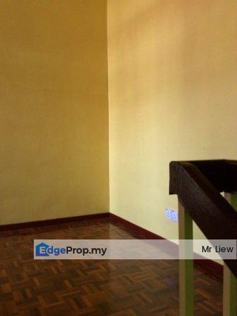 2 storey Lestari Putra,LEP 4,Renovated Unit, Selangor, Puchong South