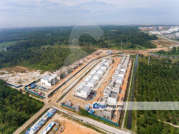 Golden Gateway Light Industrial Factories , Penang, Valdor