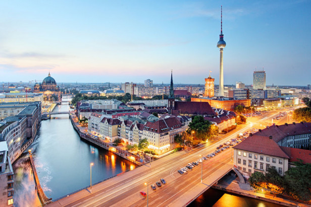 Berlin relaxes Airbnb restrictions