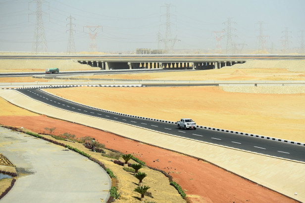 Egypt revives dream of new desert capital