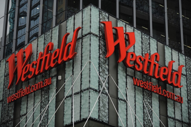 Westfield reiterates support for French takeover as profit jumps