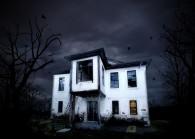 Haunted_160915_123RF.COM
